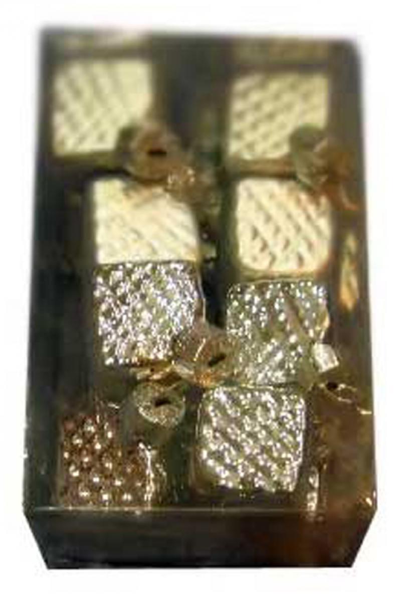 Набор украшений елочных стеклянных блестящих, матовых, 16 шт. в прозрачной коробке, 3 см, 6 цв. набор украшений елочных луковица с полосками стеклянных матовых 3 шт в картонной коробке 8х11 с
