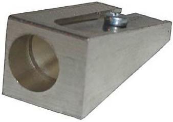 Точилка металлическая, клиновидная форма 070.01.000 точилка пластмассовая клиновидная форма 104 01 999