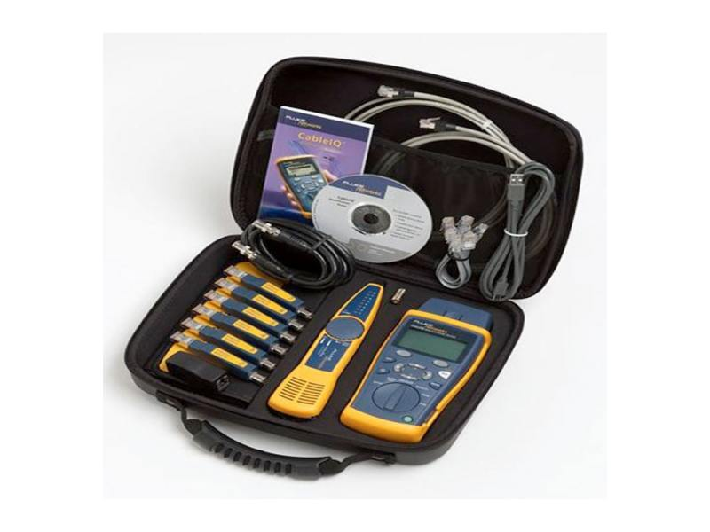 Тестер кабеля Fluke CIQ-KIT CableIQ Advanced IT Kit CableIQ mainframe 238080