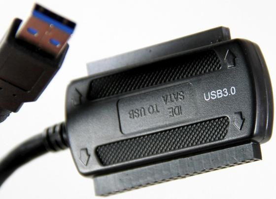 Кабель-адаптер VCom CU814 USB3.0 - SATA/IDE 2.5/3.5 внешний БП адаптер переходник vcom telecom usb2 0 sata ide 2 5 3 5 vus7056 внешний бп