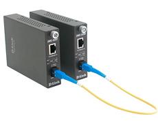Медиаконвертер D-Link DMC-920R/B10A WDM медиаконвертер с 1 портом 10/100Base-TX и 1 портом 100Base-FX с разъемом SC (ТХ: 1310 нм; RX: 1550 нм) для одн медиаконвертер tp link mc112cs wdm медиаконвертер fast ethernet