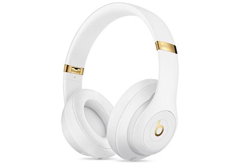 цена на Наушники Apple Beats Studio3 Wireless А1914 белый MQ572ZE/A Беспроводные / Накладные / Белый / Одностороннее / Mini-jack / 3.5 мм / Bluetooth