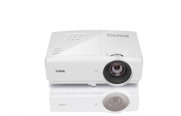 Проектор BenQ MH741 DLP 1920x1080 4000 ANSI Lm 10000:1 VGA HDMI S-Video RS-232 USB 9H.JEA77.24E проектор canon lv x310st dlp 1024x768 3100lm 10000 1 vga s video hdmi rs 232 0911c003