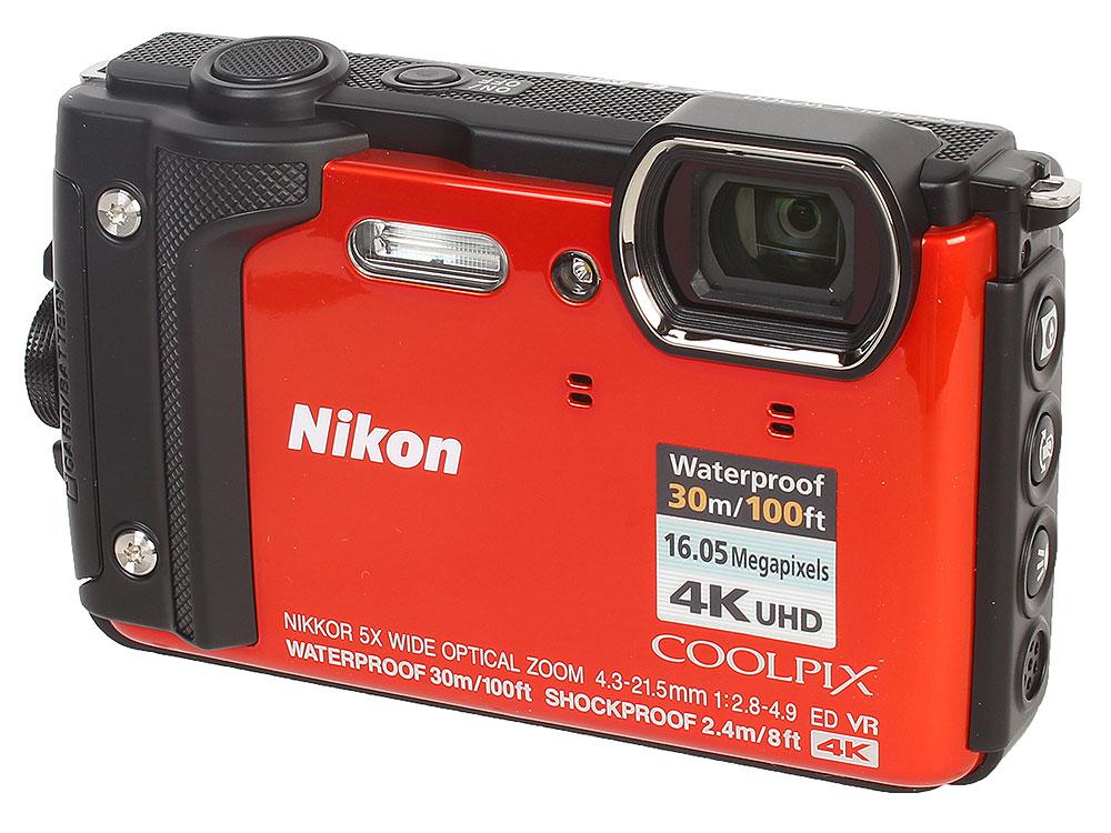 Фотоаппарат Nikon Coolpix W300 Orange (16.0Mp, 5x zoom, 3.0, SDXC, Влагозащитная, Ударопрочная) (водонепроницаемый 30 метров) фотоаппарат nikon coolpix a10 16mp 5x zoom серебристый