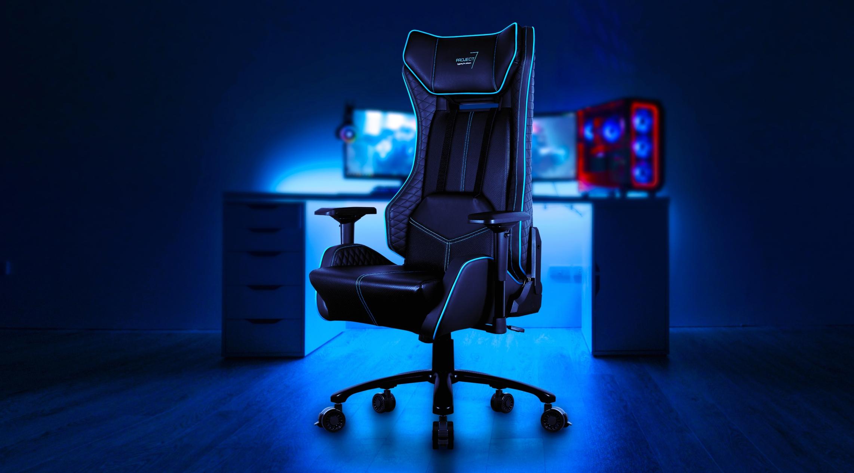 Кресло для геймера Aerocool P7-GC1 AIR, черное, с перфорацией, до 150 кг, размер, см (78 x 79 x 133-141 см ) fandyfire p7 d ssc p7 d 1 mode 700 lumen white led flashlight with strap 1 x 18650 1 x 17670