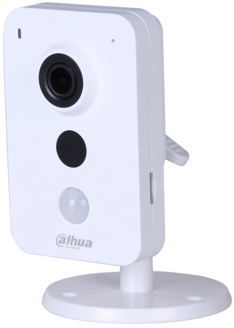 IP-камера Dahua DH-IPC-K35P CMOS 1/3 2048х1536 H.264 MJPEG RJ-45 LAN Wi-Fi белый ip камера dahua dh ipc k35p