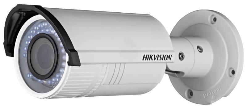 IP-камера Hikvision DS-2CD2622FWD-IZS CMOS 1/2.8 1920 x 1080 H.264 MJPEG RJ-45 LAN PoE белый камера ip hikvision ds 2cd2622fwd is cmos 1 2 8 1920 x 1080 h 264 mjpeg rj 45 lan poe белый
