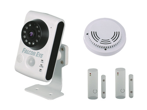 Комплект IP видеонаблюдения Falcon Eye FE-HOME KIT IP-камера и 2 датчика двери и датчик дымаIP видеокамера; Объектив 2.8мм; Матрица 1/4 CMOS; Разрешен