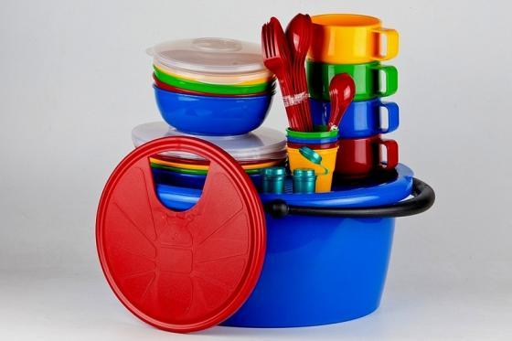 SOLARIS набор посуды на 4 персоны в контейнере