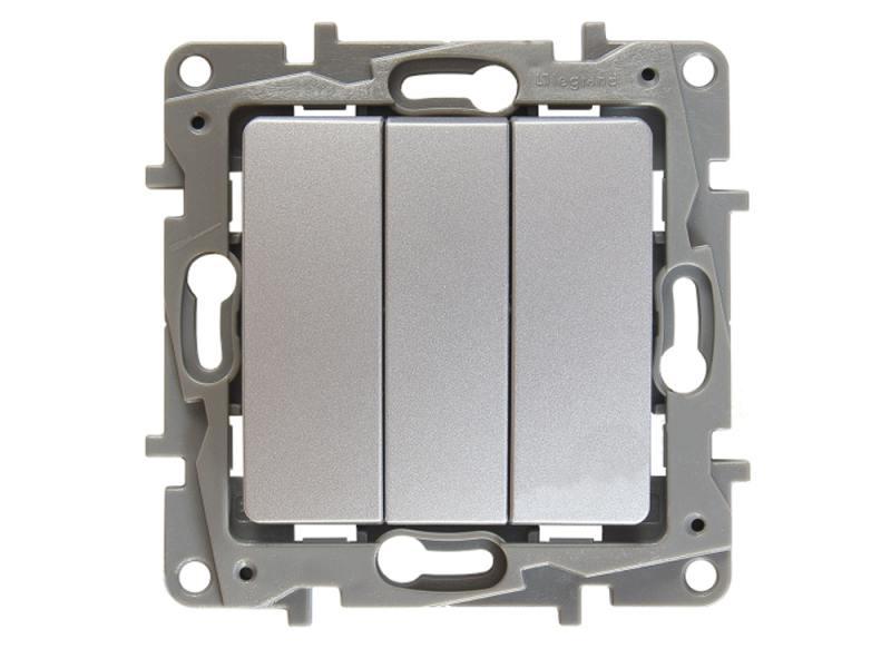 Выключатель Legrand ETIKA трехклавешный 10АХ алюминий 672413 выключатель legrand quteo 2 клавишный серый 782332
