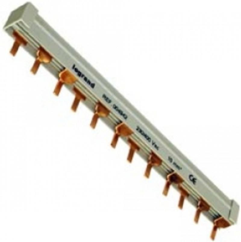 Гребенка распределительная Legrand 3П 57 модулей 16мм2 404943 автоматический выключатель tdm ва47 125 1р 40а 15ка с sq0208 0055