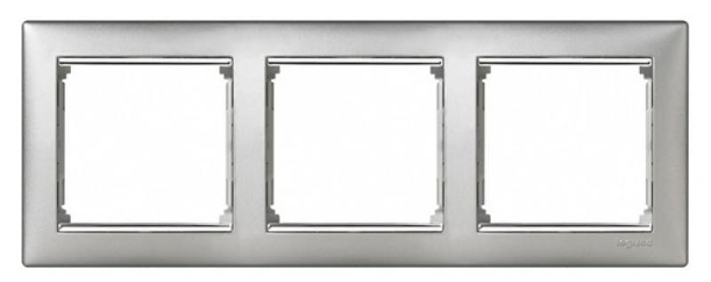 Рамка Legrand Valena 3 поста алюминий серебристый штрих 770353 рамка legrand valena 3 поста алюминий серебристый штрих 770353