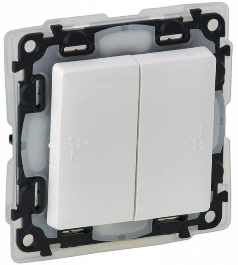 Выключатель Legrand Valena Life IP44 двухклавишный 10А 250В IP44 с лицевой панелью безвинтовые зажим