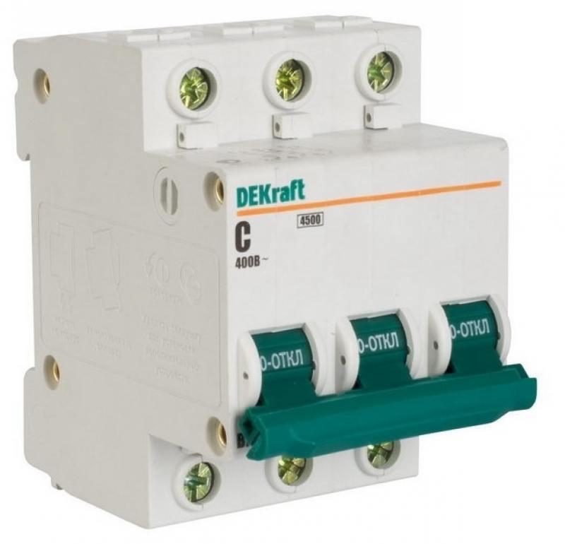 Автоматический выключатель DEKraft ВА-101 3П 32А C 4.5кА 11081DEK автомат 1p 20а тип c 4 5ка dekraft ba 101