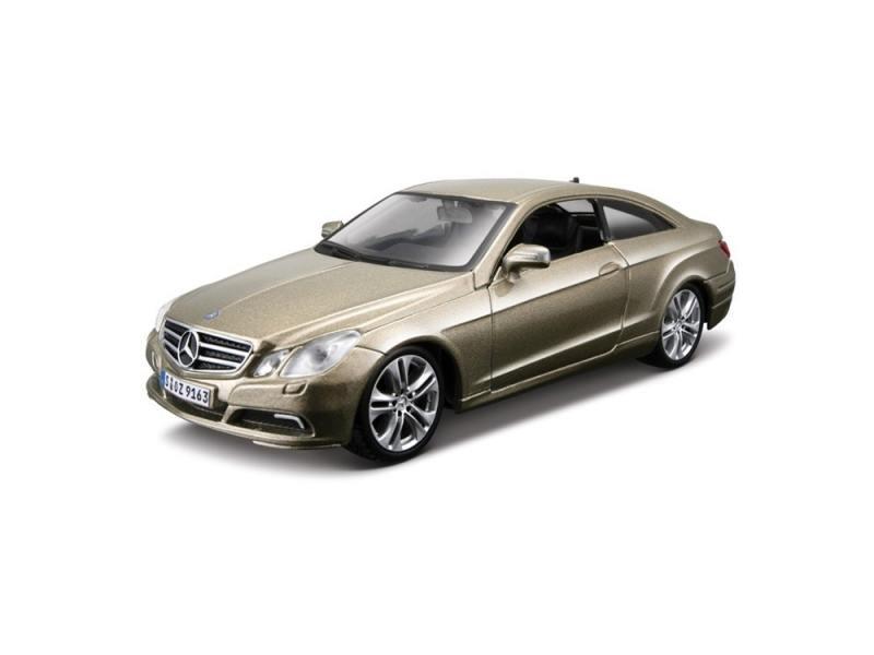 Автомобиль Bburago Mercedes-Benz E-Class Coupe 1:32 18-45120