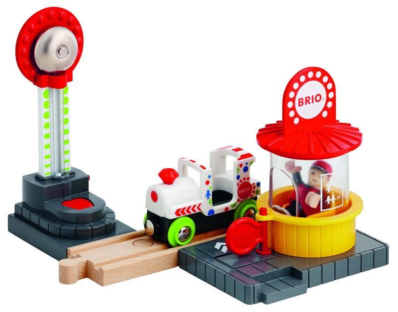 Игровой набор Brio Парк Аттракционов brio поезд 33595