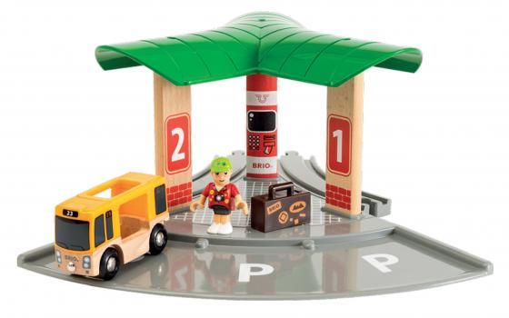 Набор Brio World Автобусный и железнодорожный вокзал с 3-х лет 33427 brio лошадка с попоной и всадник 33793