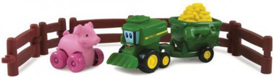 Игровой набор Tomy Приключения трактора Джонни и поросенка на ферме 9 предметов 377223 tomy tomy игровой набор поезд динозавров фигурки бадди и кондуктор с вагоном