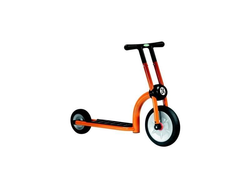 Самокат двухколёсный Italtrike Дружный сосед оранжевый самокат 2 х колесный italtrike 200 11 скутер динамик двухколесный оранжевый