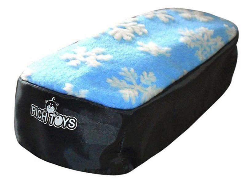 Чехол для снегокатов RT 2713 мех ткань голубой с белыми снежинками чехол для снегокатов rt 2712 н д красный белый мех ткань