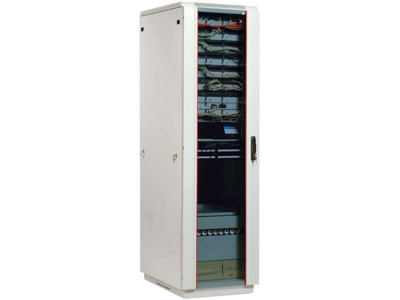 Шкаф телекоммуникационный напольный 42U (600х600) дверь стекло ШТК-М-42.6.6-1ААА