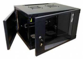 Шкаф настенный 15U Lanmaster TWT-CBWNG-15U-6X6-BK 550x600mm черный 60кг