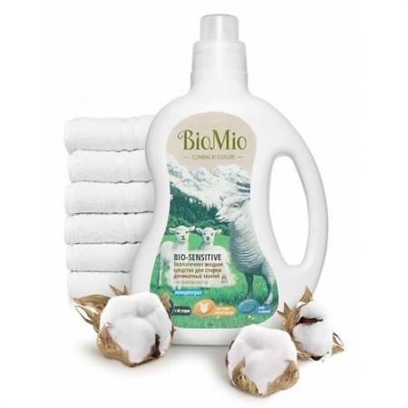 BioMio Экологичное жидкое средство для стирки деликатных тканей Bio-Sensitive Концентрат экологичный biomio bio sensitive экологичное средство для стирки деликатных тканей без запаха 1 5 л