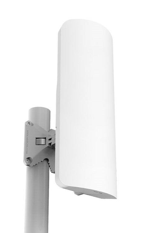 цена на Беспроводная точка доступа MikroTik RB921GS-5HPacD-15S 802.11anac, 700Mbps, 5GHz, 1xLAN, 1xSFP