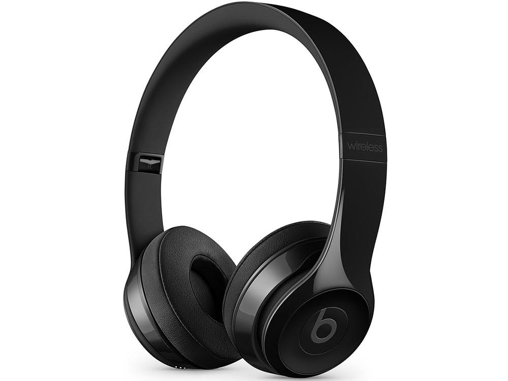 Наушники (гарнитура) Beats Solo3 1.36м Black Беспроводные, проводные / Полноразмерные с микрофоном / Черный / 20 Гц - 31 кГц / 110 дБ / Одностороннее / Bluetooth, Mini-jack / 3.5 мм гарнитура oklick hs g300 проводные полноразмерные с микрофоном черный красный 20 гц 20 кгц 56 дб одностороннее mini jack 3 5 мм