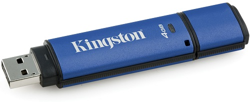 USB флешка Kingston DataTraveler Vault Privacy 3.0 4Gb Blue (DTVP30DM/4GB) USB 3.0 / 80 Мб/с / 12 Мб/с