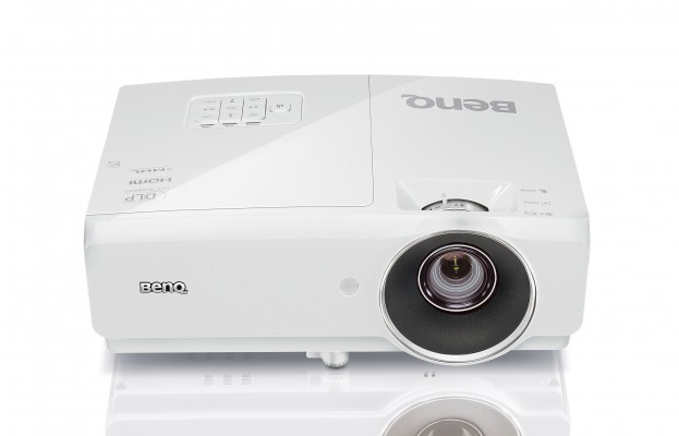 Фото - Мультимедийный проектор BenQ MH750 White DLP / 1920 x 1080 / 16:9 / 4500 Lm / 10000:1 мультимедийный проектор benq ms527 dlp 3300lm 13000 1 4500час 1xhdmi 1 9кг