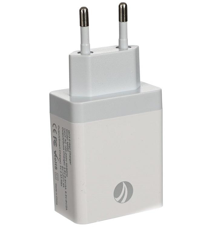 Фото - Зарядное устройство VCOM M050/CA-M050 2 порта AC (EU Plug 100-220V) - USB, IC Quick Charge 3.0 беспроводное зарядное устройство vcom cad m162