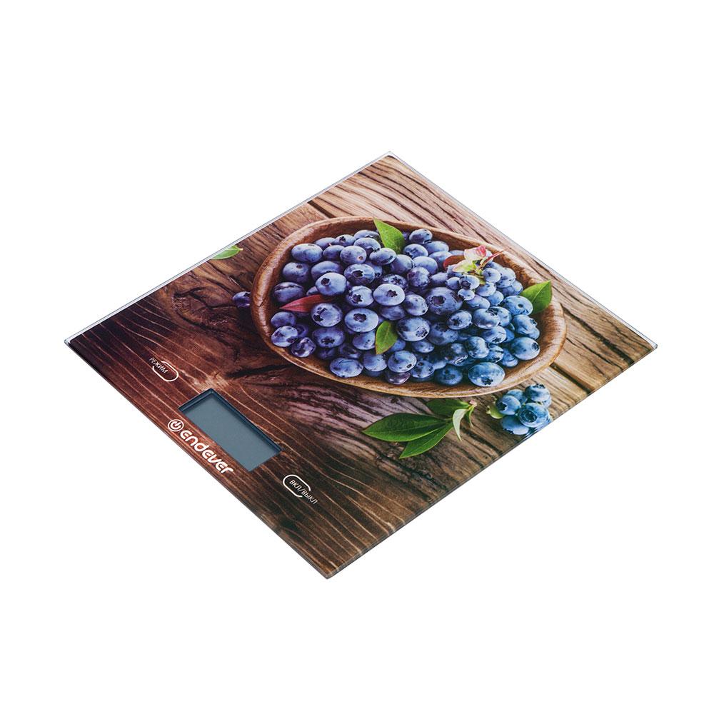 цена на Весы кухонные электронные Endever Chief-500, рисунок Черника вес от 2 г до 5 кг, закаленное стекло, автовыключение