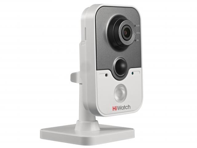 Фото - IP-камера HiWatch DS-I214 (2.8mm) 2Мп внутренняя IP-камера c ИК-подсветкой до 10м и Wi-Fi 1/2.8'' CMOS матрица; объектив 2.8мм; угол обзора 105°; меха объектив
