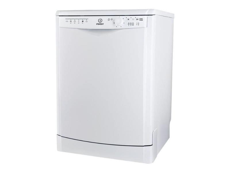 где купить Посудомоечная машина Indesit DFG 26B10 дешево