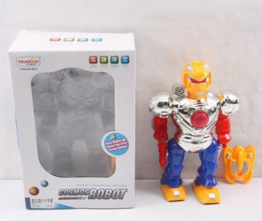 цена на Робот электронный Shantou Gepai Робот-боец со щитом со звуком светящийся 915